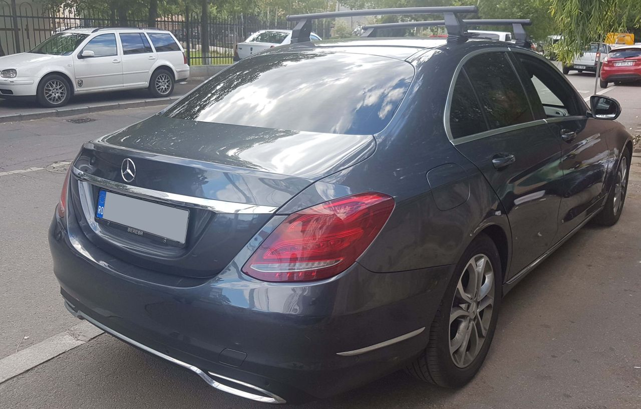 Mercedes C bare transversale Menabo Tema