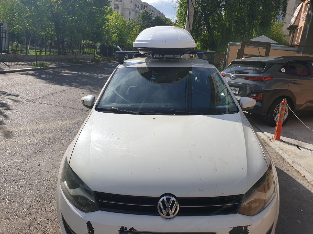 Volkswagen Polo bare transversale Menabo Delta Black si Cutie portbagaj Menabo Mania