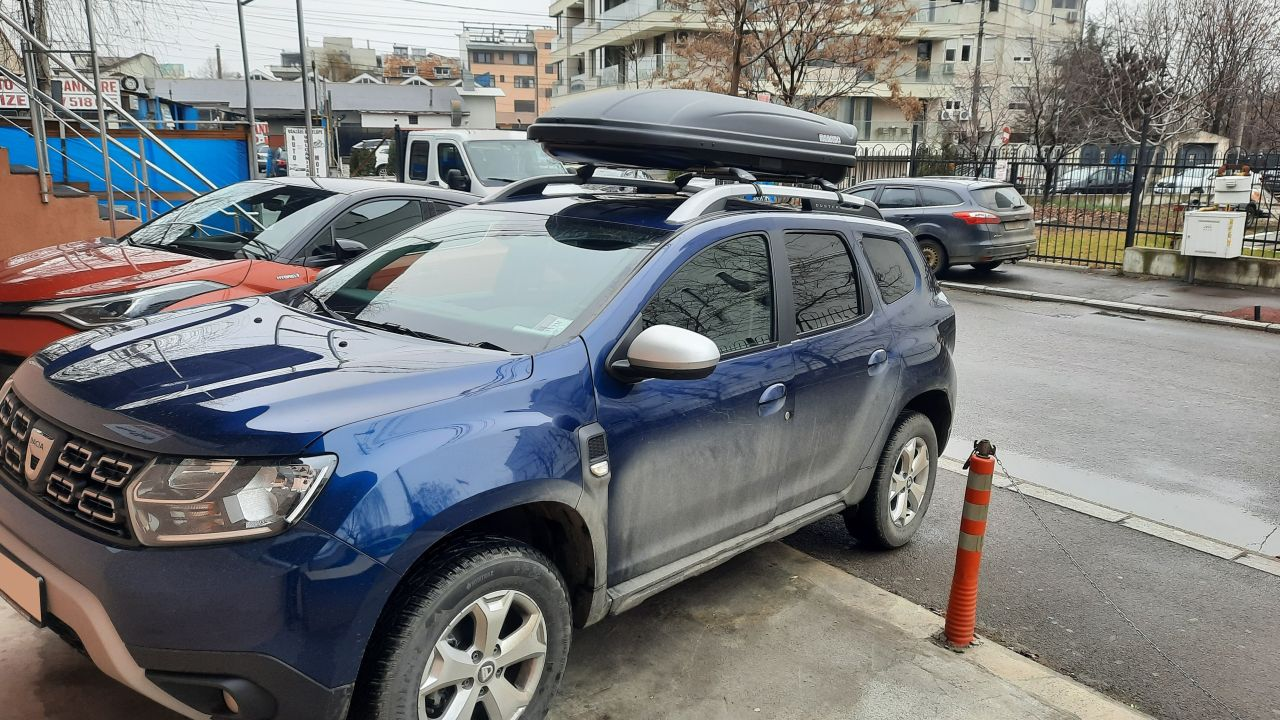 Dacia Duster cutie portbagaj Menabo Marathon