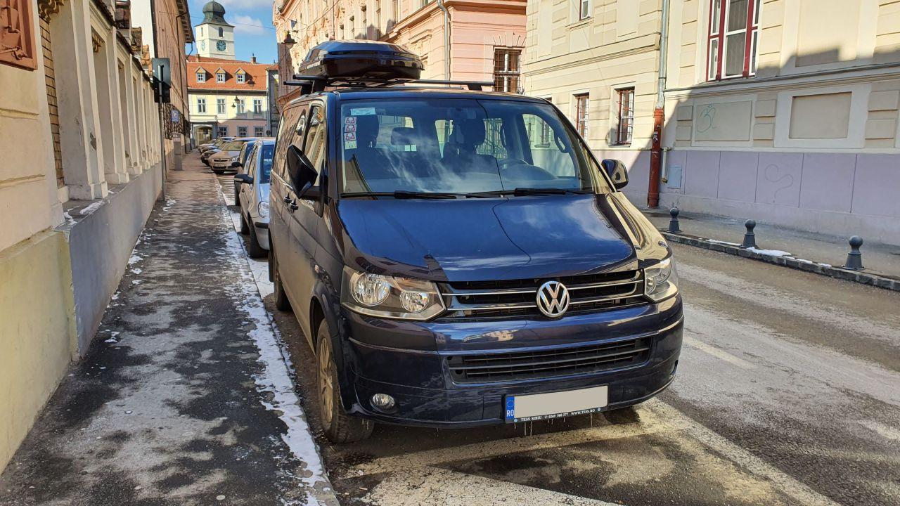 Volkswagen Multivan T6 si bare Menabo Delta si cutie portbagaj Menabo Diamond 500 Black