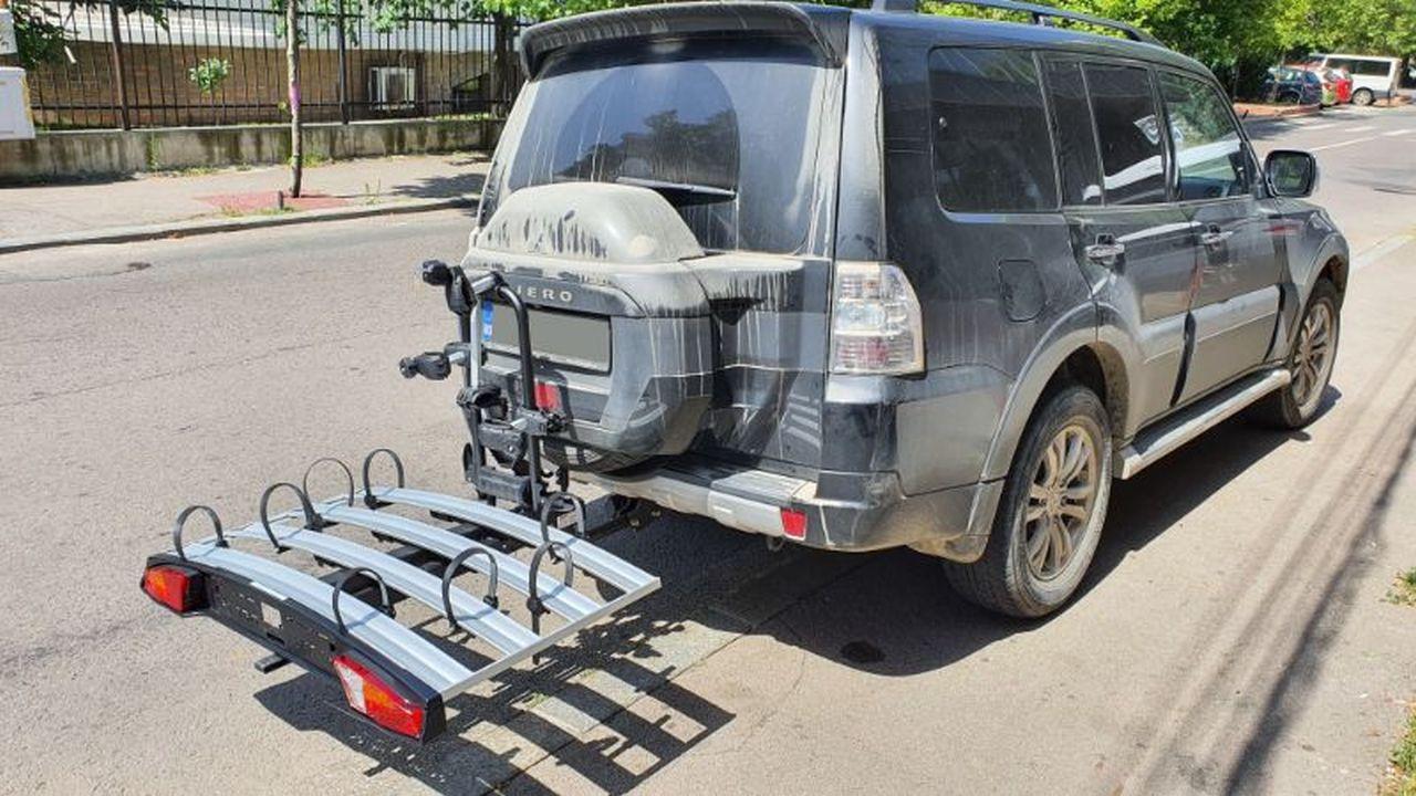 Mitsubishi Pajero suport bicicleta Menabo Alcor 4