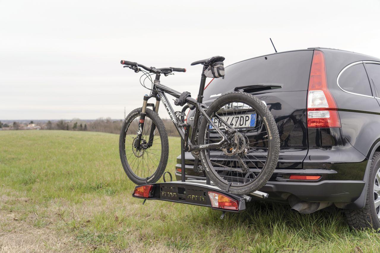 Honda CRV suport bicicleta pe carlig Menabo Merak Rapid