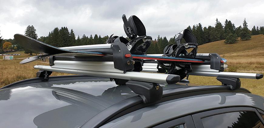 Suport schi pe bare transversale sau suport schi pe carlig, ce vei alege?