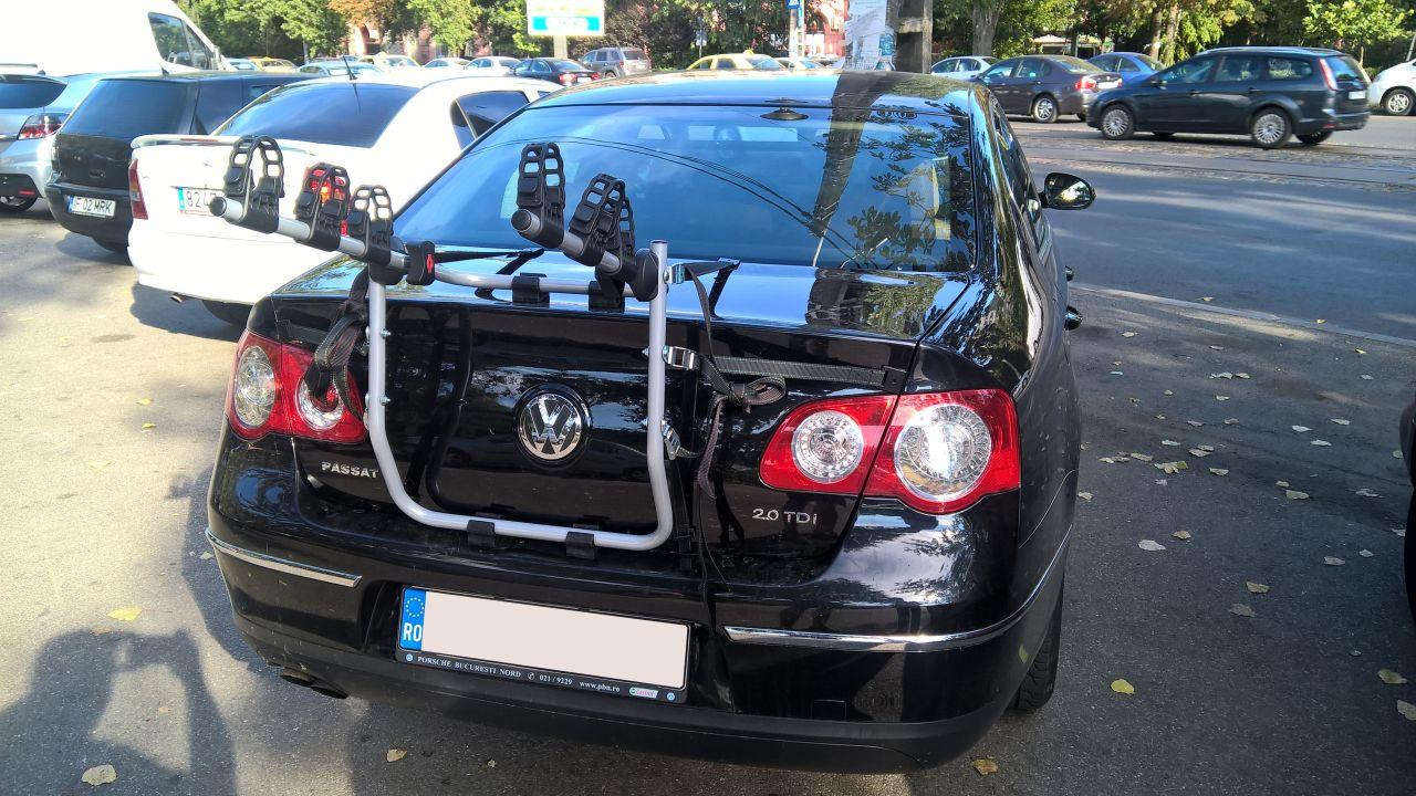 Volkswagen Passat suport bicicleta pe haion Menabo Mistral