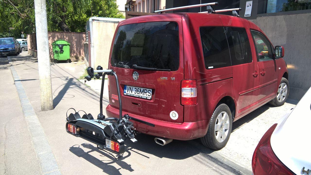 Volkswagen Caddy suport bicicleta pe carlig Menabo Winny