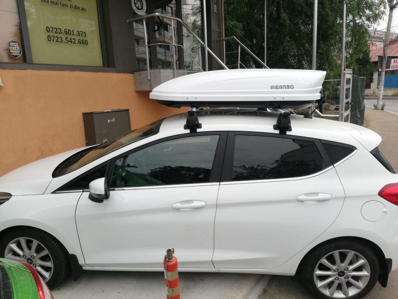 Ford Focus bare transversale Menato Delta Silver si cutie portbagaj Menabo Mania